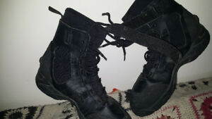 CANOE PORTAGE  BOOTS SIZE 12 AND 13