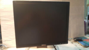 "Monitor Flat Panel LCD 15"" Dell"