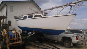 Reinell 27 Sailboat with trailer
