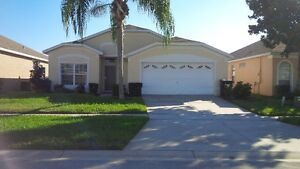 Florida Luxury 3 Bed Villa in 5* Resort 3 miles to Disney