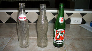 pepsi and 7 up bottles