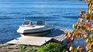 Thundercraft 1983 19ft cabin cruiser with camper top