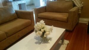 Modern sofabed & loveseat beige /cream