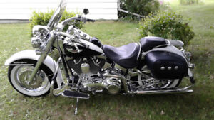 Show Winer 2005 SOFTAIL DELUX its new