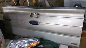 Ford F150 Tailgate 2009 2010 2011 2012 2013 2014