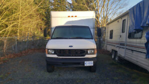 Ford E-350 Cube Van - 10 Foot Box - ONLY 139,000 km - $4000