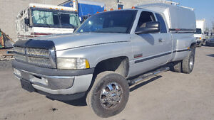 1999 Dodge Power Ram 3500 SLT LARIAT Cummings diesel