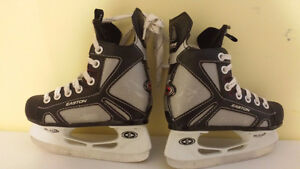Hockey Skates - Easton - Size Youth 11 Gatineau Ottawa / Gatineau Area image 1