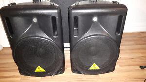 """2 Boites Berhinger passif avec speaker 12 """" + Ampli Yorkville"""