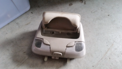 holden commodore vy vz interior light with sunglasses holder Toronto Lake Macquarie Area Preview