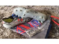 Under armour superman football boots size 5
