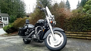 Black Beauty! Honda Shadow Sabre Edition VT1100 Modified!