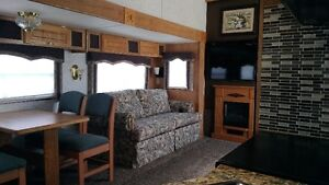reduced, clean redone interior 5th wheel