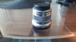Olympus 45mm f/1.8 M4/3