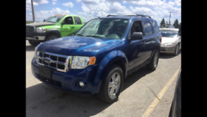 2008 Ford Escape AWD, 4cyl, Winter Ready, Safetied, Private sell