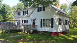 CHARMING FAMILY HOME ON LARGE LOT MINUTES TO KENTVILLE