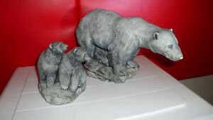2 Vintage Bear Carvings Both for $100. Prince George British Columbia image 4