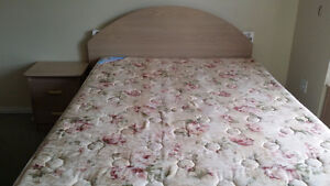 Queen size bedroom set for sale - great in condition and price