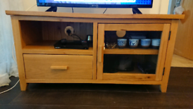 Oak TV unit / Sideboard (pick up from G5 0JQ)