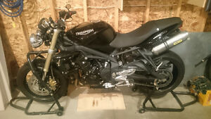 CONDITIONALLY SOLD-2010 Triumph Street Triple(blown engine)