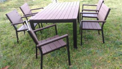 out door table and 5 chairs,,,& fridge.washer---- ALL furniture