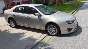2010 Ford Fusion SEL Sedan V6 Very Low KMs