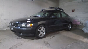 2004 Volvo S60 AWD A1 mechanics,clean,low kms!$4000 obo!!!!