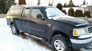 2000 Ford F-150 XL Pickup Truck Extended cab