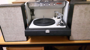 GE Transistor 400Portable Stereophonic Hi-Fidelity Record Player