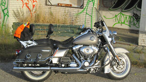Beautiful Harley Road King Classic