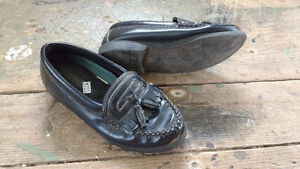 Girls Various Footwear and sizes (Ad 2)