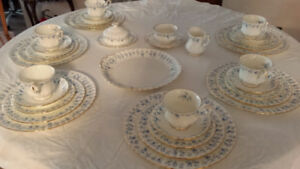 Royal Albert Memory Lane - Mint Condition