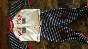 Tons of 3-6 Months baby outfits Stratford Kitchener Area image 3