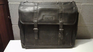 Leather Briefcase Cornwall Ontario image 1