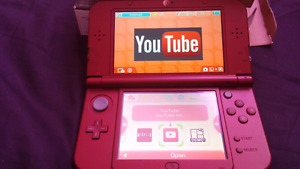 Nintendo 3DS with box