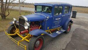 Ford 1930 sedan 4 portes