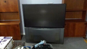 Hitachi 45 inch Projection Big Screen TV