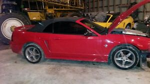 PARTING OUT 99 ford mustangconvertable