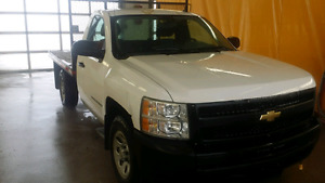 TAXES INCLUDED TODAY!!2009 CHEV 1500 2wd