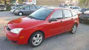 2007 Ford Focus Hatchback  Kitchener / Waterloo Kitchener Area image 2