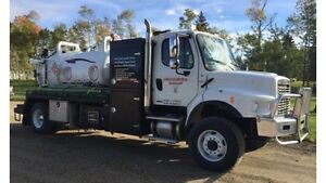 2011 Freightliner Single Axle Combo Vac Automatic..