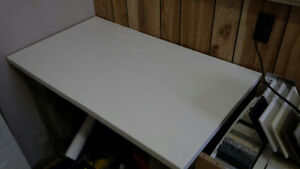 White Quartz top using as Desk top, Tv Stand many other things..