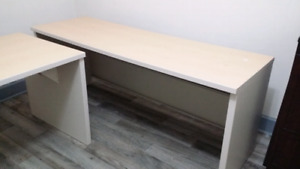 Work tables / desk