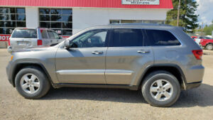 2012 Jeep Grand Cherokee Laredo * 4x4 * Leather * Remote start *