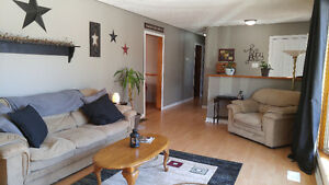 Country bungalow only minutes to Peterborough or Lindsay! Peterborough Peterborough Area image 6