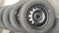 LIKE NEW FORD FIESTA FIRESTONE WINTER TIRES 195/60/15 ON RIMS