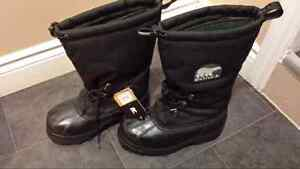 Men's Size 8 Winter Boots (Sorel) del to hfx today