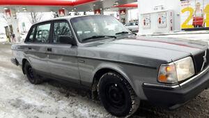 1992 Volvo 240 Sedan Cambridge Kitchener Area image 6