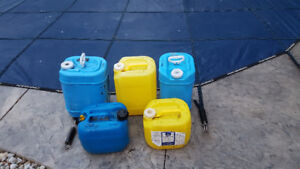 pool containers 5 gallon and 2.5 gallon size