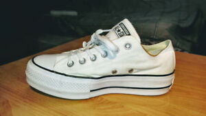 NEW, CONVERSE Chuck Taylors  Jogging shoes